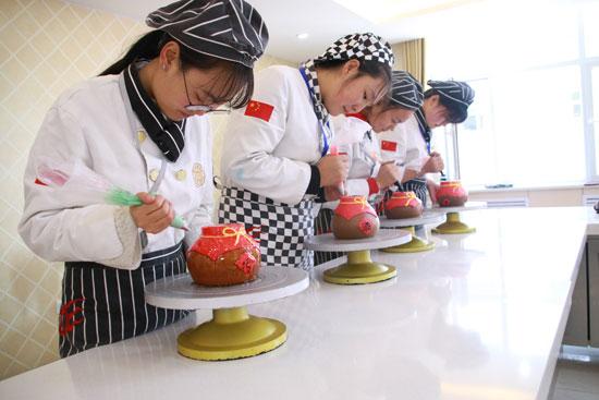 青海新东方烹饪学校-学习-西点-好不好